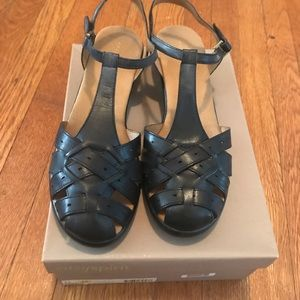 Easy Spirit Black sandal size 11
